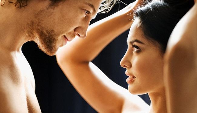 ▷ Cómo SEDUCIR a Una Mujer Con La Mirada? Super Técnica!